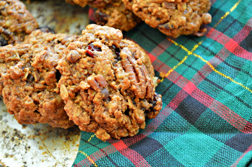 Christmas Oatmeal Cookies